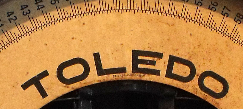 weigh scale close up